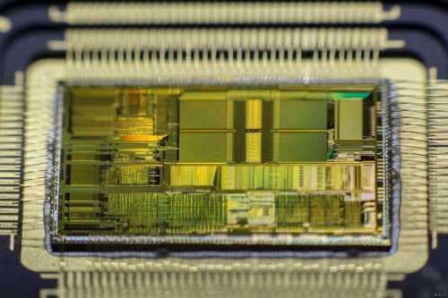 компьютеры на базе скорости света стали гораздо ближе к реальности